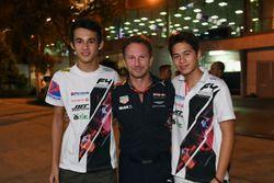 Победитель гонки Ф4 Даниэль Фрост и руководитель Red Bull Racing Кристиан Хорнер