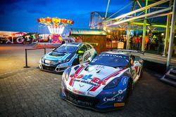 Die Meisterautos von #77 Callaway Competition, Corvette C7 GT3-R: Jules Gounon, Daniel Keilwitz und Josh Files, Target Competition, Honda Civic Type R-TCR