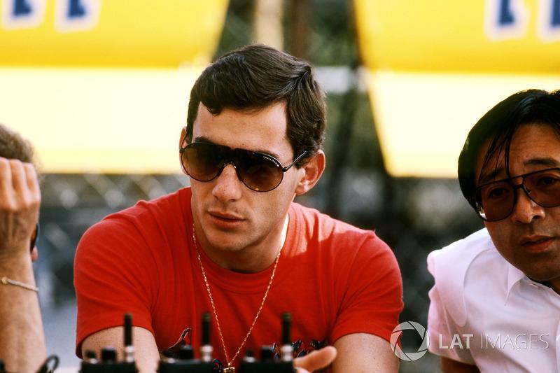 Ayrton Senna, conversa na Lotus em 1987