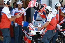 Scott Redding, Pramac Racing, Bikewechsel in der Boxengasse