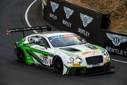 #17 Bentley Team M-Sport, Bentley Continental GT3: Andy Soucek, Maxime Soulet, Vincent Abril