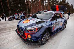 Le auto di Dani Sordo, Marc Marti, Hyundai i20 WRC, Hyundai Motorsport, Thierry Neuville, Nicolas Gilsoul, Hyundai i20 WRC, Hyundai Motorsport