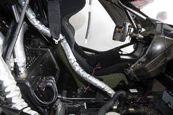 #58 Tekno Autosports / McLaren GT, McLaren 650s GT3 cockpit