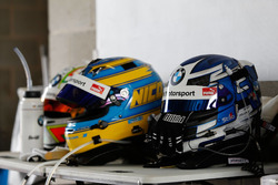 Helmets of #99 Walkenhorst Motorsport, BMW M6 GT3: Jörg Müller, Nico Menzel, Ricky Collard