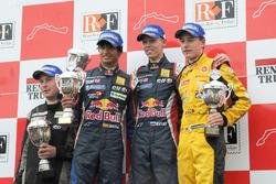 Podium: race winner Daniil Kvyat, Koiranen GP, second place Carlos Sainz Jr., Koiranen GP, third pla