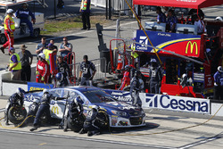 Jamie McMurray, Chip Ganassi Racing Chevrolet pit stop