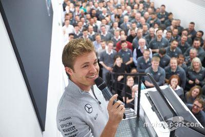 Nico Rosberg bezoek aan Mercedes Brackley