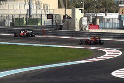 Kimi Raikkonen, Ferrari ve Daniel Ricciardo, Red Bull Racing 2017 lastiklerini test ediyor