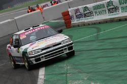 Сальваторе Риоло и Алессандро Флорис, Subaru Legacy
