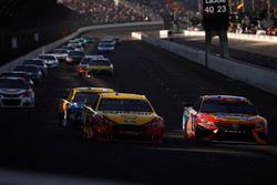 Joey Logano, Team Penske Ford Matt Kenseth, Joe Gibbs Racing Toyota