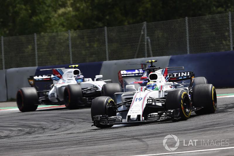 Felipe Massa, Williams FW40, Carlos Sainz Jr., Scuderia Scuderia Toro Rosso STR12, Lance Stroll, Williams FW40