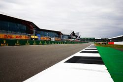 The Silverstone Wing and circuit detail of the pit straight