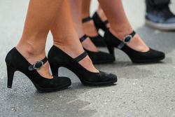 Shoes of grid girls