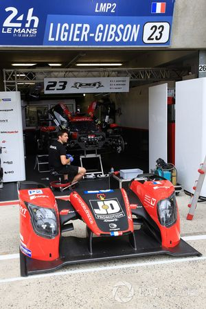 #23 Panis-Barthez Competition Ligier JS P217 Gibson