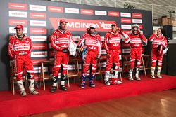 Himoinsa Racing Team Dakar drivers group photo