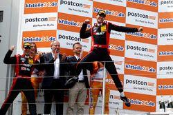 Podium: Sieger #3 Aust Motorsport, Audi R8 LMS: Markus Pommer, Kelvin van der Linde