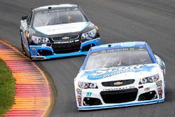 Chris Buescher, JTG Daugherty Racing Chevrolet, Gary Klutt, Premium Motorsports Chevrolet