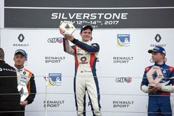 Podium: race winner Will Palmer, R-ace GP, second place Henrique Chaves, AVF by Adrian Valles, third place Robert Shwartzman, Josef Kaufmann Racing