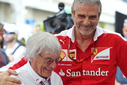 Bernie Ecclestone, Maurizio Arrivabene, Ferrari Team