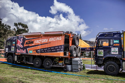 Camion Red Bull KTM Factory Racing al bivacco