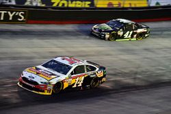 Clint Bowyer, Stewart-Haas Racing Ford, Kurt Busch, Stewart-Haas Racing Ford