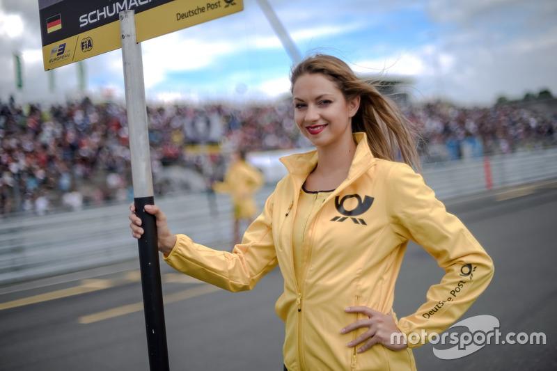 Chica de la parrilla, Mick Schumacher, Prema Powerteam, Dallara F317 - Mercedes-Benz
