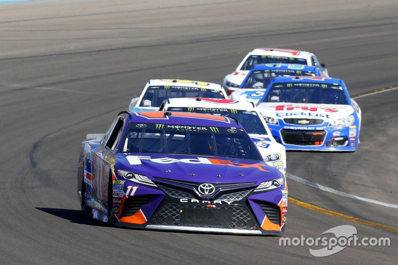 Denny Hamlin, Joe Gibbs Racing, Toyota; Trevor Bayne, Roush Fenway Racing, Ford