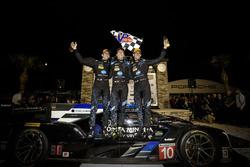 Ganadores #10 Wayne Taylor Racing Cadillac DPi: Ricky Taylor, Jordan Taylor, Alex Lynn