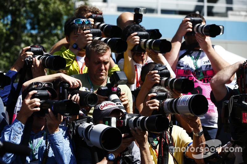 Fotografen in Lauerstellung
