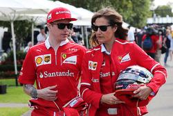 Kimi Räikkönen, Ferrari, mit Pressesprecherin Stefania Bocchi