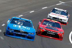 Joey Logano, Team Penske Ford and Erik Jones, Joe Gibbs Racing Toyota
