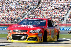 Alex Bowman, Hendrick Motorsports Chevrolet, crashed car