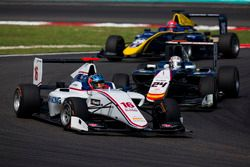 Matevos Isaakyan, Koiranen GP leads Konstantin Tereschenko, Campos Racing