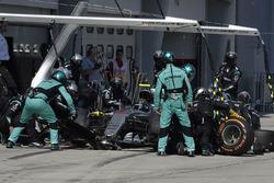 Nico Rosberg, Mercedes AMG F1 W07 Hybrid aux stands