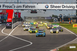 Group 1 race start