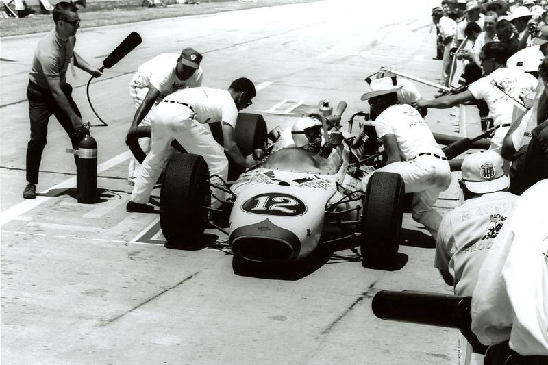 1965: Rookie Mario Andretti