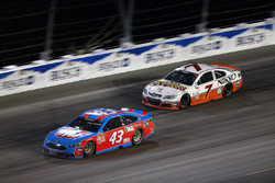 Aric Almirola, Richard Petty Motorsports, Ford; Regan Smith, Tommy Baldwin Racing, Chevrolet