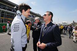 Toto Wolff, Mercedes AMG F1 accionista y Director Ejecutivo, con Carlos Slim Domit, Presidente de Am