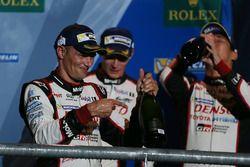 Podio: tercer lugar Stéphane Sarrazin, Toyota Racing