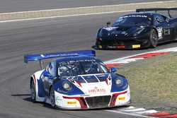 #77 Attempto Racing Porsche 911 GT3 R: Jürgen Häring, Nicolas Armindo, Clément Mateu