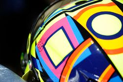 Valentino Rossi, Yamaha Factory Racing, displaying Luis Salom's number, 39, on his helmet