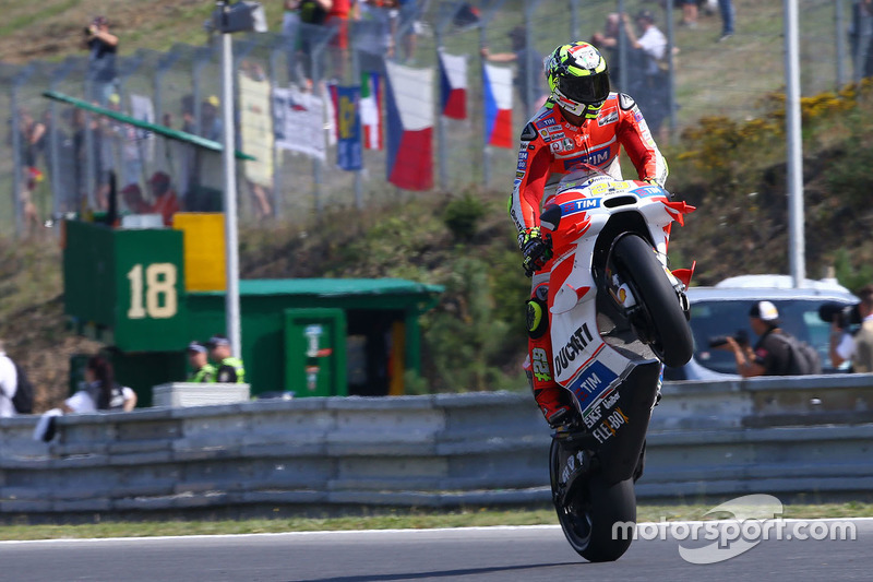 "<img class=""ms-flag-img ms-flag-img_s2"" title=""Italy"" src=""https://cdn-4.motorsport.com/static/img/cf/it-3.svg"" alt=""Italy"" width=""32"" /> Andrea Iannone : 1 victoire"