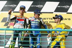 Podium: Sieger Sete Gibernau, Telefónica Movistar Honda; 2. Valentino Rossi, Repsol Honda Team; 3. M