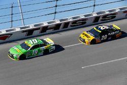 Carl Edwards, Joe Gibbs Racing Toyota, Matt Kenseth, Joe Gibbs Racing Toyota