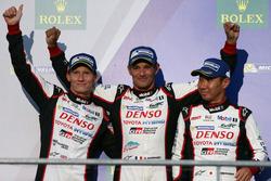 Podium: third place #6 Toyota Racing Toyota TS050 Hybrid: Stéphane Sarrazin, Mike Conway, Kamui Koba
