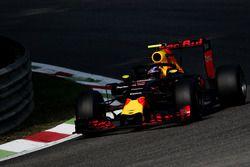Max Verstappen, Red Bull Racing RB12, avec le Halo
