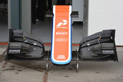 L'ancien aileron avant de la Manor Racing MRT05