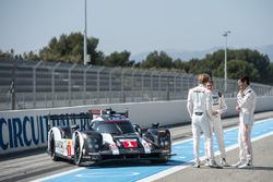 #1 Porsche Team Porsche 919 Hybrid: Тимо Бернхард, Марк Уэббер, Брендон Хартли