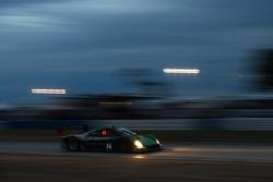 #24 Alegra Motorsports, Riley BMW: Carlos de Quesada, Daniel Morad, Cameron Lawrence, Dominik Farnba