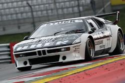Hans-Joachim Stuck lors de la course des légendes de BMW M1 Procar
